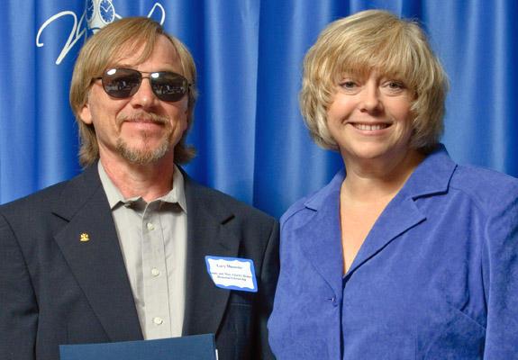 Macovitz receives Jimmy & Mary Charles Holmes Memorial Scholarship