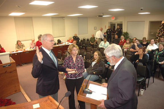 Franklinton prepares to set 2010 agenda, Allers sworn in
