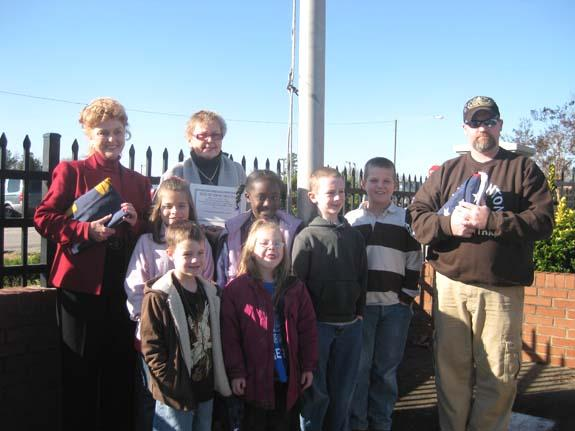 Franklinton Elementary receives flags