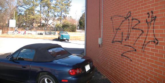 Town apathetic toward skateboarders' graffiti