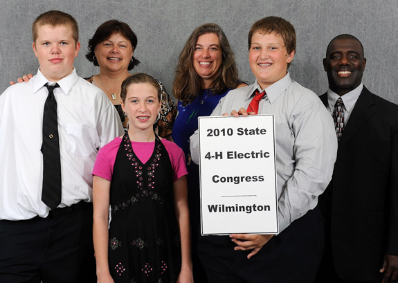 Delegation attends annual 4-H Electric Congress