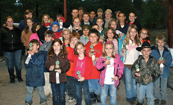 4-H'ers participate in poultry show and sale
