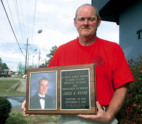 Memorial fund honors Gold Sand firefighter