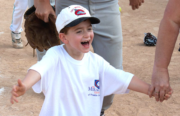 MIRACLE LEAGUE HOSTS YOUTH BASEBALL CLINIC, Pics 2