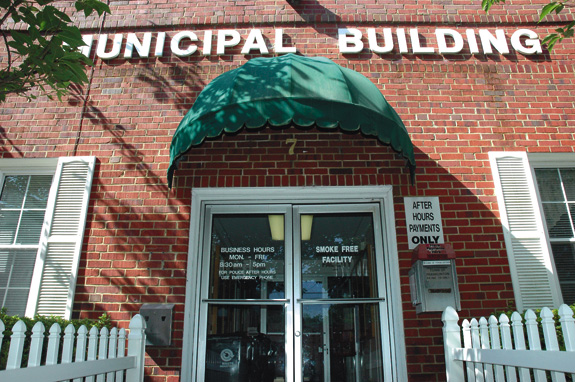 Franklinton town hall beginning new hours