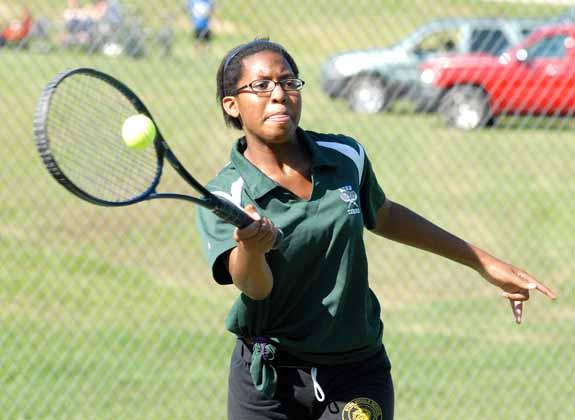 Tennis season continues