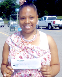 2012 Louisburg grad receives scholarship