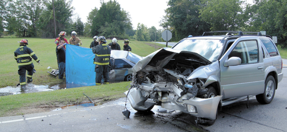 2 local women die in separate weekend crashes