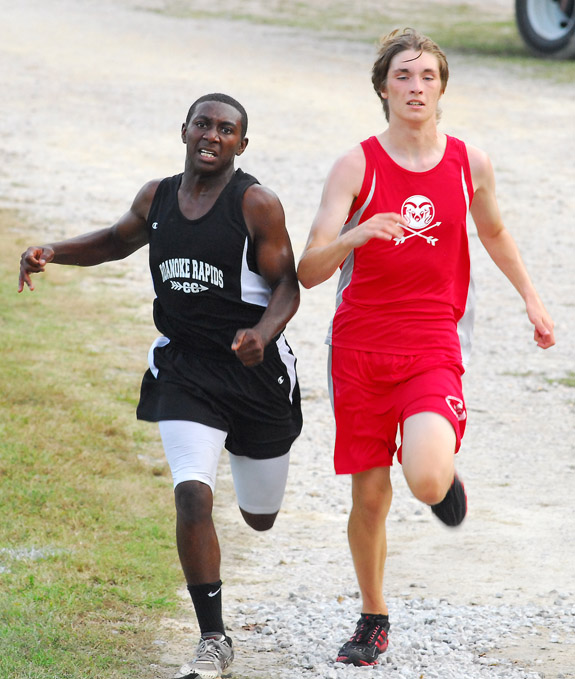 Bunn hosts NCC runners