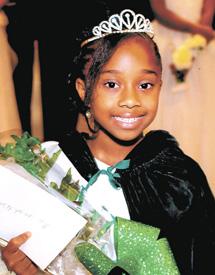 <i>Samiyah Edgerton crowned Miss Nu Epsilon</i>