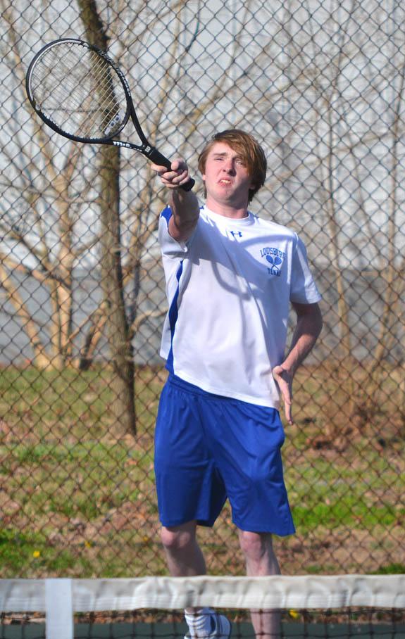 Louisburg drops road tennis contest vs. RR