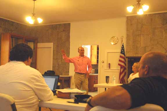 <i>Y-ville officials sharpen planning skills</i>
