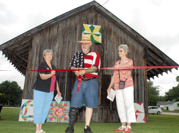 <i>A snip of a ribbon opens Quilt Trail</i>