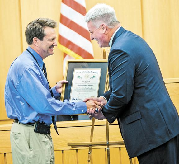 <i>Louisburg College alumnus receives Long Leaf award</i>
