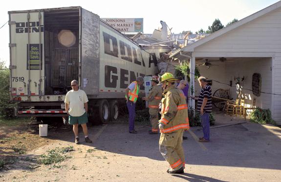 18-wheeler slams into Johnsons restaurant
