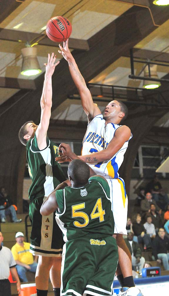Vikings outlast Wildcats