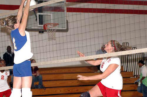 Franklinton soars to key NCC volleyball victory