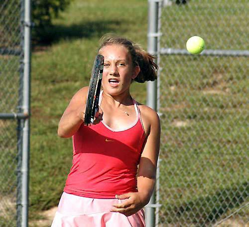 Louisburg, Bunn tangle in tennis contest