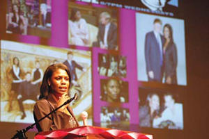 Omarosa fires up Louisburg College crowd