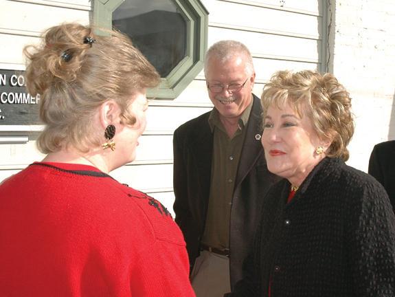 Senator Dole visits county