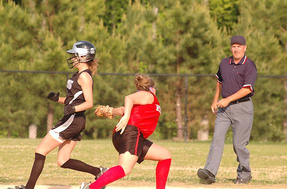 FHS girls reach the playoffs