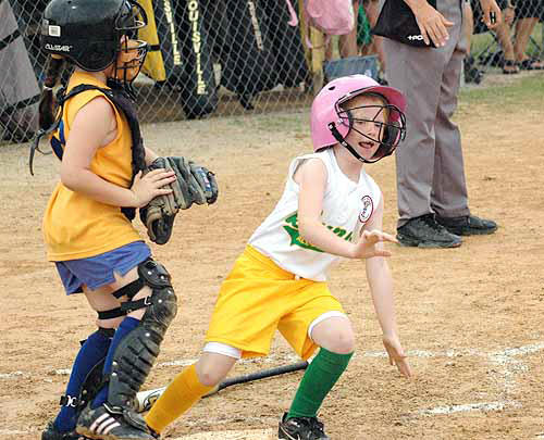 Bunn All-Stars claim D-Y Darlings Tourney title